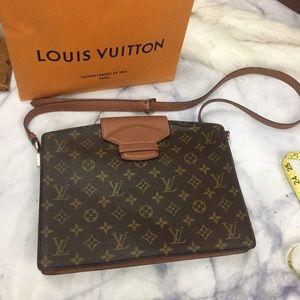 LOUIS VUITTON le sac courcelles monogram city bag